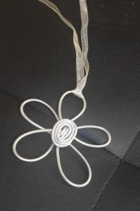 Pendentif fleur imgp9920-199x300
